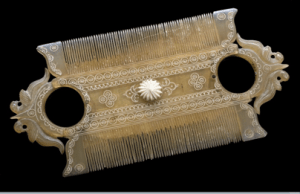 Old lice comb from 19th century